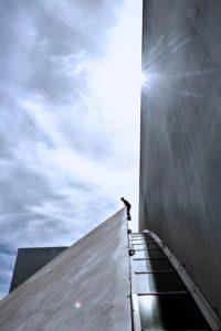 grimpe urbaine, escalade outdoor, sunlight, team vertical'art